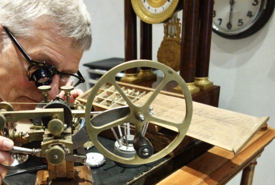 Uhren Neidhart - Spezialist für Reparatur und Wartung antiker Großuhren