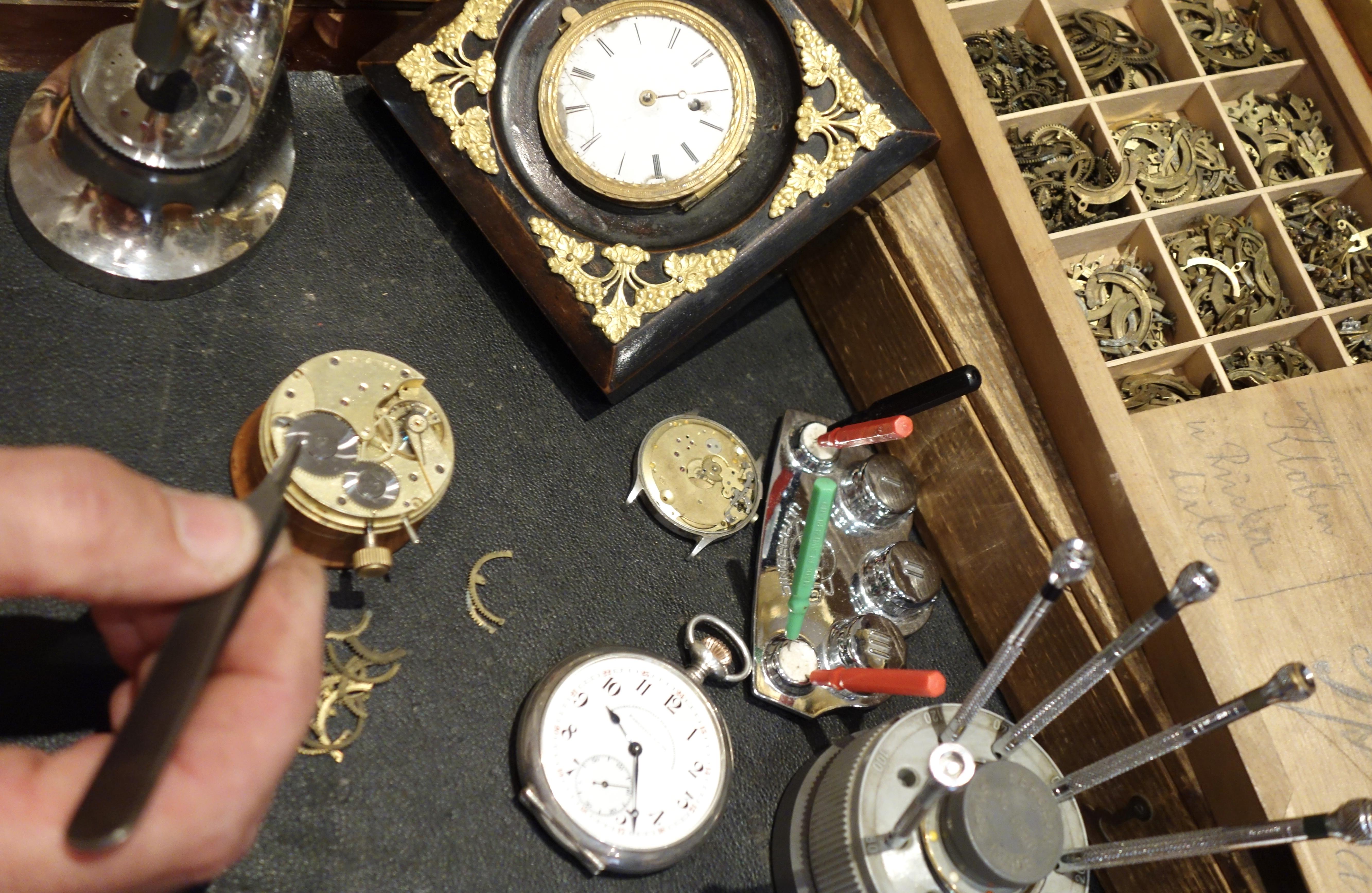 Uhren Neidhart - Service
